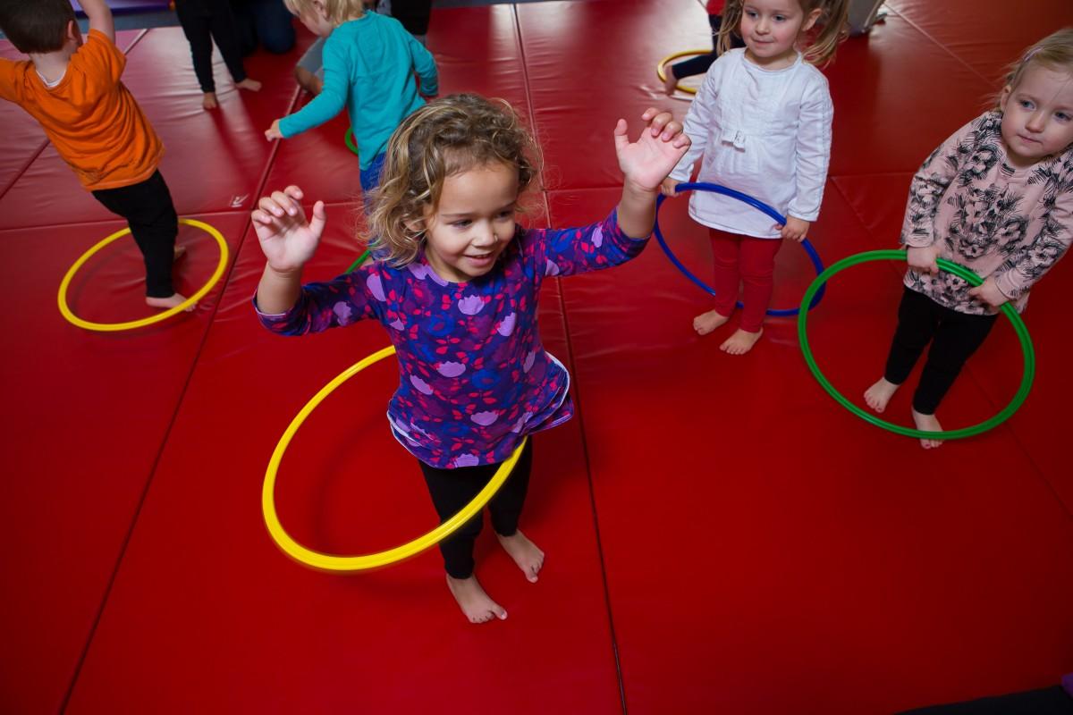 Child with hula hoop